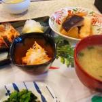 新鮮な魚を選んで焼魚にできる霧島市国分重久「だいこんの花」