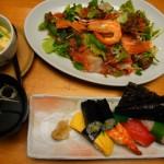 サラダがたっぷり食べられるレディースランチ、霧島市国分中央「すし由」