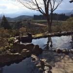 天気のいい日には桜島まで眺めることができる露天風呂、霧島市牧園町万善湯之谷「霧の里 本館」