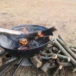 藺牟田池自然公園キャンプ場、2018.01.13 デイキャンプ 鶏皮とニンニクの塩コショウ炒めと山羊汁