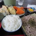鹿児島空港近く「手打の南舟」でざるそば定食を食べる
